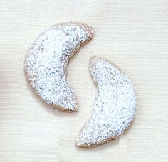 Akin to Mexican wedding cookies and Greek kourabiedes, these Austrian vanilla crescents made with ground walnuts and showered in confectioners' sugar are served throughout central Europe during the weeks leading up to Christmas.
