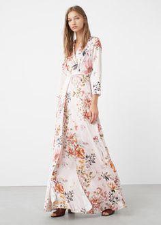Dlouhé šaty s květovaným potiskem