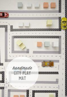 マスキングテープを切って貼るだけの、簡単シティーマップ。テープの柄や色合い次第で、スタイリッシュにもポップにも仕上がります。