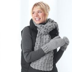 Chunky Crochet Mittens and Scarf   FaveCrafts.com