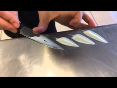How to make chocolate feathers ( Decor chocolate ) Chocolate Work, Modeling Chocolate, How To Make Chocolate, Homemade Chocolate, Making Chocolate, Chocolates, Cake Decorating Supplies, Cake Decorating Techniques, Chocolate Garnishes