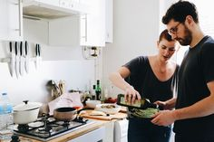 In the installment of her Spoonful column, Dîner à Paris, photographer Eileen Cho has lunch with Paris power couple Erin & Pierre-Charles in their uber-hip apartment. Latest Stories, Uber, Lunch, Couple, Paris, Montmartre Paris, Eat Lunch, Paris France, Lunches