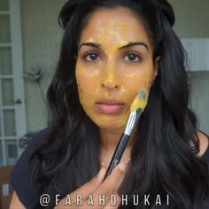 DIY BOTOX @farahdhukai ✅1tbsp corn starch ✅mix in 1/2 cup water ✅BOIL 1/2 cup water + add corn starch mixture (DO NOT add cornstarch directly to boiling water - itll be a HOT mess) BOIL until it gets THICK ✅^^let cool ✅2tbsp carrot juice ✅1tbsp sour cream ✅MIX UNTIL CREAMY