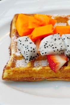 You don't need syrup to enjoy a waffle. Dragonfruit and papaya with a hint of confectioner's sugar will do the trick. But if you'd like to try a papaya waffle/pancake topper, try this recipe. http://www.brookstropicals.com/nutrition/papaya_71.html