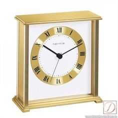 It is ideal as a decorative element on your desk or in your living area. With their high-quality optics Hermle table clock catch the eye.