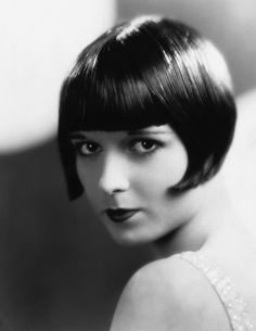 Page cut with bangs of short Bob Pagen hairdo retro style Diva