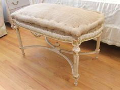 FURNITURE INSPIRATION :: LOVELOVELOVE this burlap covered bench ~ ♥