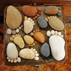 CREATING PATHS OF ADORABLE STONE FOOTPRINTS #gardening #landscaping