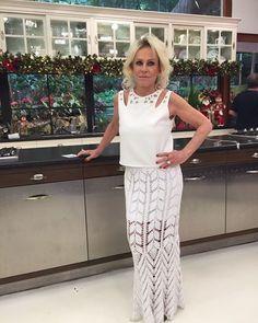 crochelinhasagulhas: Saia branca em crochê da apresentadora Ana Maria Braga I