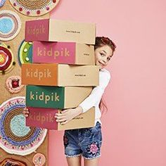 Birthday Ideas for toddler Girl Luxury Creative Subscription Boxes for Kids Children S Monthly Boxes Clothing Subscription Boxes, Subscription Boxes For Kids, Little Girls Dressing Table, Little Girls Makeup, Subscriptions For Kids, Best Lingerie, Children Images, Living At Home, Kids Boxing