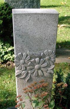 headstone-sunflowers.jpg (311×485)