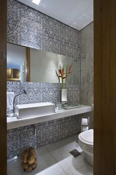 Contemporary Bathroom Design Ideas is a latest buzz in the world of interiors. Look these beautiful 25 Contemporary Bathroom Design Ideas. Bathroom Tile Designs, Bathroom Wall Decor, Modern Bathroom Design, Bathroom Interior Design, Bath Design, Interior Decorating, Bathroom Ideas, Bedroom Decor, Decorating Ideas