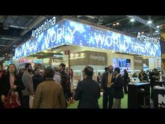 El Rey Felipe inauguró la Feria Internacional de Turismo y visitó el stand argentino - Télam - Agencia Nacional de Noticias