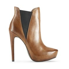 love Jessica Simpson's shoes