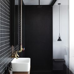 Black and White Bathroom - Pumphouse Point Lake Hotel