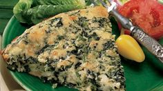 Impossibly Easy Spinach and Feta Pie-----Dinner made in impossibly easy way! Enjoy this cheesy pie made using Bisquick® Original baking mix and spinach – a wonderful meal. Bisquick Recipes, Quiche Recipes, Pie Recipes, Family Recipes, Casserole Recipes, Carbquik Recipes, Casserole Ideas, Tuna Casserole, Noodle Casserole