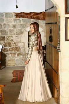 Party Wear Maxi Skirt Style with Hijab #hijab #style #fashion #tips