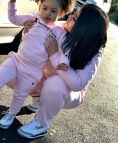 Me and my baby Mother Daughter Outfits, Mommy And Me Outfits, Future Daughter, Family Outfits, Future Baby, Kids Outfits, Cute Baby Girl, Mom And Baby, Baby Boys