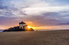 Senhor da Pedra, Miramar, Portugal aguiaturistica.blogspot.pt