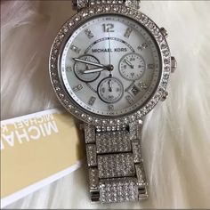 Michael Kors Accessories - 🆕 Michael Kors Parker Silver Camille Bling Watch