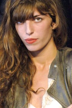 See Lou Doillon pictures, photo shoots, and listen online to the latest music. Charlotte Gainsbourg, Serge Gainsbourg, Lou Doillon, Jane Birkin, Kate Barry, French Girl Style, Latest Music, Photo Shoots, Pretty People