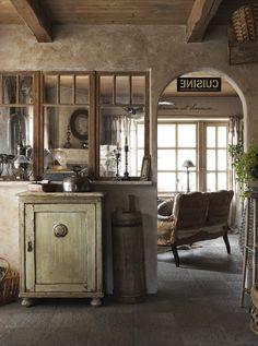 Scandinavian Fancy Windows /Scandinavian Fancy Windows/ Scandinavian Fancy Windows: Splendid Shabby Villa by the lake...