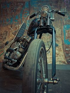 Panhead Chopper.... Can't decide if I should post this under Harley's or photography !!  Such an awesome pic !