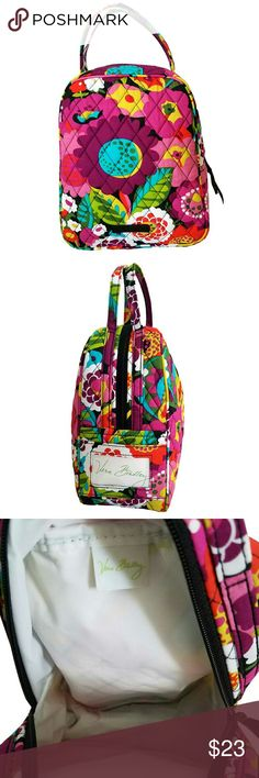 """Vera Bradley Lunch Bunch in VaVa Bloom Vera Bradley Lunch Bunch in VaVa Bloom Upright lunch bag style. This bag is designed to hold most pre-packaged frozen meals with a slip pocket for an ID card.  Easy to hold handles extended out of the bag for easy carrying.  Plastic lined Inside for easy cleaning. Approx 7 1/2"""" x 9 1/2""""  100% Cotton  Brand New Vera Bradley Bags"""