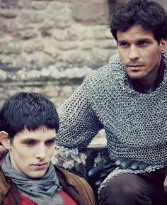 Lancelot and Merlin. Oh my goodness this episssoooddeeee. Merlin And Arthur, Colin Morgan, Fandoms, Couple Photos, Tv, Friends, Board, Couple Shots, Amigos