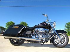 This One Owner bike is all original and Unmolested and runs Excellent. There is also a fresh set of RCX Slip Mufflers that give this King a great Deep tone exhaust note. Harley Davidson Road King, Harley Davidson Touring, Used Motorcycles For Sale, King A, Bike, Vehicles, Ebay, Motorbikes, Bicycle