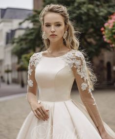 50 Modern Gowns Ideas For A Valentine'S Day Wedding is part of Princess wedding dresses - If you are planning a Valentine's Day wedding, You don't want to ruin your wedding by creating dress stress for […] Princess Wedding Dresses, Modest Wedding Dresses, Bridal Dresses, Prom Dresses, Long Dresses, Elegant Bride, Elegant Wedding Dress, Gown Wedding, Vintage Wedding Gowns