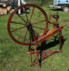 Spinnrad Spinning Wheel. ~~ I only tried this one time at Old Sturbridge Village up in Mass. I actually loved I actually loved it. But it was too expensive to get my own and I had no room for one. LD.
