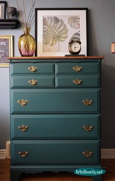 Outdated dresser given a beautiful makeover using westminster green general finishes milk paint - Furniture Painting Wooden Furniture, Sofa Furniture, Cheap Furniture, Rustic Furniture, Furniture Makeover, Antique Furniture, Living Room Furniture, Modern Furniture, Furniture Design