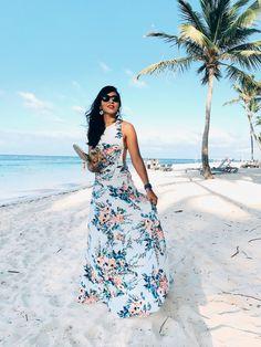 Donde conseguir vestidos para una boda en la playa que lucen más de lo que cuestan. Estos vestidos están super coquetos y adsequibles. Beach Wedding Outfit Guest, Beach Wedding Guests, Lace Beach Wedding Dress, Beach Dresses, Cute Dresses, Beautiful Dresses, Wedding Outfits For Women, Dress And Heels, Fashion Dresses
