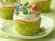 Lucky Charms cupcake for Saint Patrick's Day