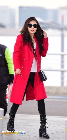 http://k-pop-kimhyunah-poland.blogspot.co.id/2016/02/photo-hyuna-na-lotnisku-incheon.html