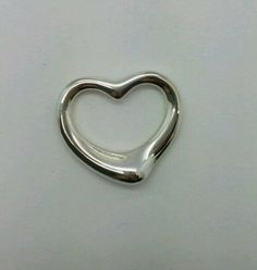 Tiffany-Co-Elsa-Peretti-Sterling-Silver-Open-Heart-Pendant-Medium-25mm