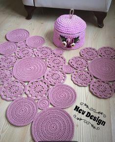 Diy Crafts - 42 Ideas For Crochet Table Runner Free Pattern Leaves Crochet Bobble, Crochet Round, Crochet Motif, Crochet Designs, Crochet Yarn, Free Crochet, Diy Crafts Crochet, Crochet Home, Crochet Projects