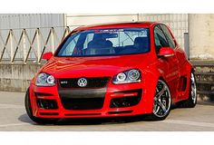 Newing is a Japanese Tuning that makes bodykits for most of the platforms VW produces. You might have seen before the GTI RSR bodykit, a true bolt on wide Vw Golf Vr6, Golf Gti R32, Volkswagen Germany, Volkswagen Polo, Golf Gti Tuning, Jetta Vw, Vw Tdi, Vw Corrado, Vw Classic