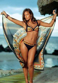 Moderné dvojdielne plavky značky SUNFLAIR s indiánskym vzorom