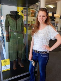 The Adventures of An Elven Princess: Journey to New Zealand: Hobbit Costumes in Wellington!!! /// This is me, Beth P. with Tauriel's real costume, worn by Evangeline Lilly, during my recent trip to New Zealand!!!