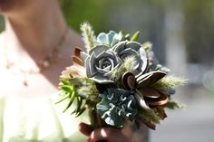 A bouquet of succulents! YES!