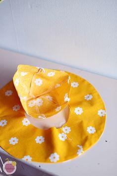 Hellehatun kaava ja ompeluohje – Mehukekkerit Handicraft, Bean Bag Chair, Sewing, Hats, Craft, Dressmaking, Couture, Hat, Craft Items