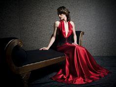 Daalarna - Benes Anita divattervező egyedi tervezésű esküvői és alkalmi ruhái. Evening Dresses, Formal Dresses, Wedding Dresses, Beautiful Dresses, Couture, My Style, Grace, Red, Fashion Design