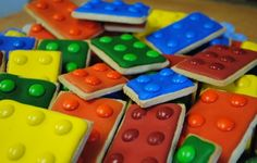 Lego cookies-a BIG hit a Bday party!  pinned by www.auntbucky.com  #cookies #food #legos