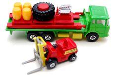 Vintage Toys Wanted by the-toy-exchange - Matchbox K-20 Super Kings Cargo Hauler & Fork-Lift Pallet Loader.