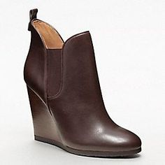 Designer Womens Shoes, Boots, Heels, Flats, and Sneakers from Coach