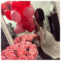 Pinterest: @ Pelin Ozkul How every girl deserves to be treated--with love, balloons, flowers, and hopefully chocolate!