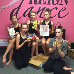 Thanks so much @awaitdance for sending this package to us! We love it (and thx for the bday card and the rhinestones eos)