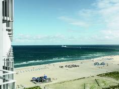 Der Blick aufs Meer. Unbezahlbar! #strand #warnemünde